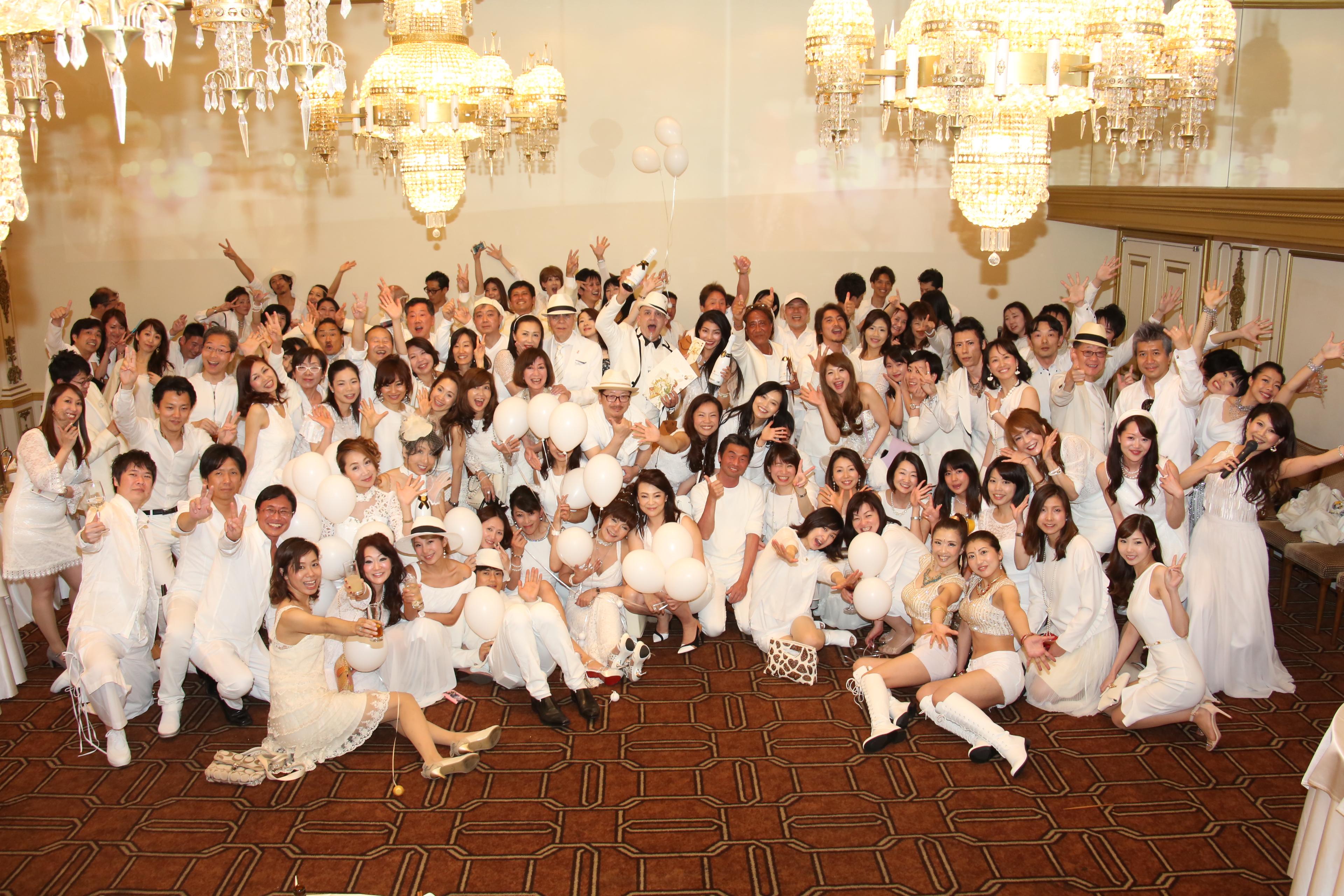 62e215891f54a  写真 2017年5月4日(木・祝) ホワイトパーティー@東京タワーの開催報告. 2017.05.05 white-party